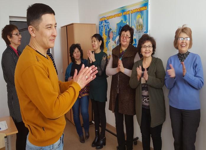 Психологические игры для знакомства в новом коллективе упражнения знакомства город ефремов тульской области
